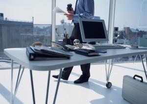 Trabajando en despacho